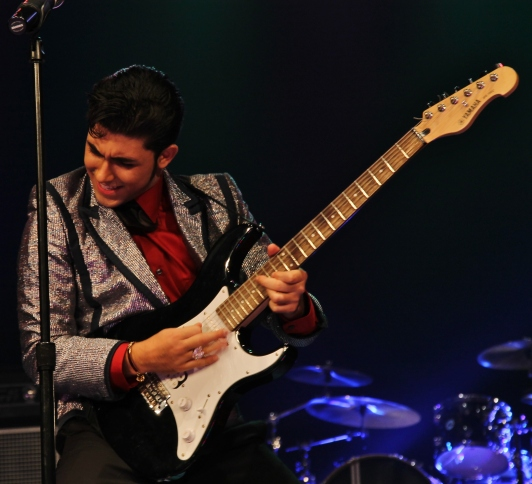 Ritchie Valens (Jacob Roman)