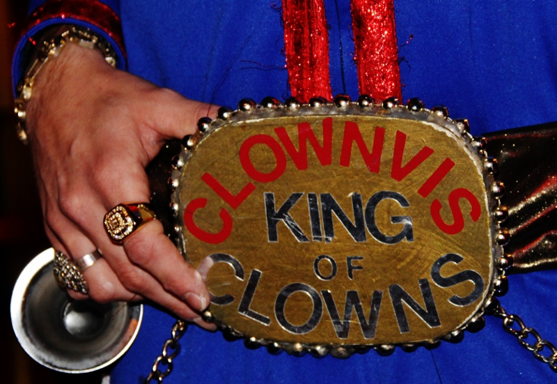 Clownvis the King of Clowns: Is it Tribute? | Pompadour